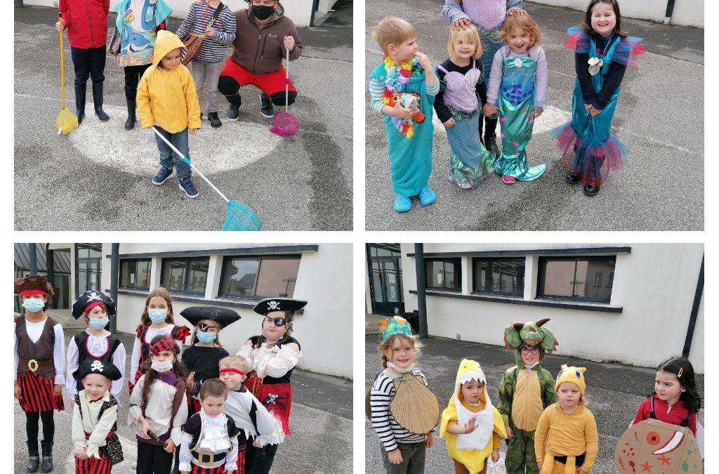 Le défilé des enfants sur le thème de la mer